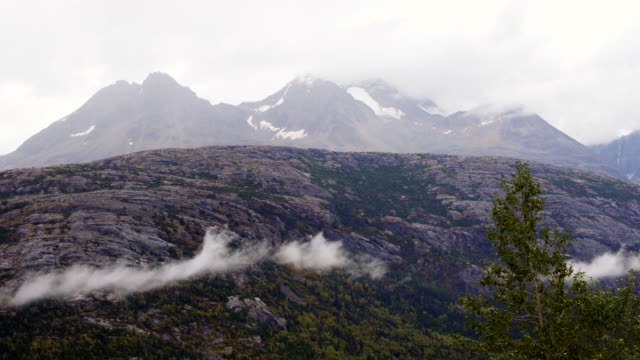 mountain with fog, clouds and snow - klondike stock videos and b-roll footage