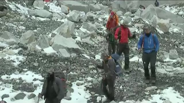 mountaineering gurkhas to attempt mount everest ascent two years after earthquake tragedy lib / t29041501 air views tents near everest base camp /... - mount everest stock-videos und b-roll-filmmaterial