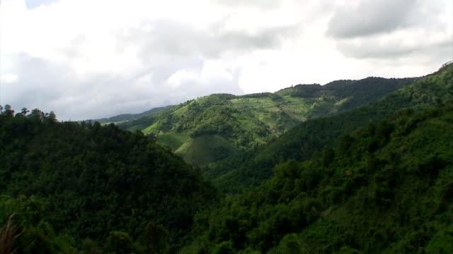 montagne, cielo - area selvatica video stock e b–roll