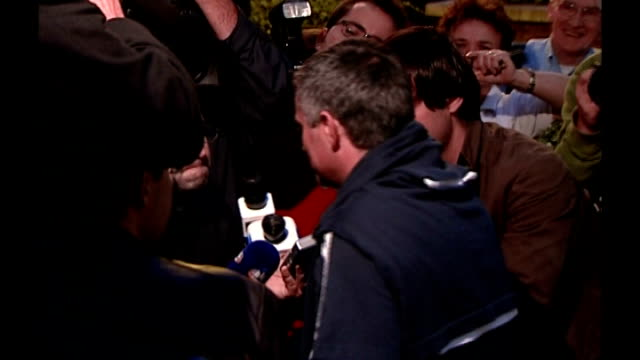 mourinho speaking to reporters sot - chelsea f.c stock videos & royalty-free footage