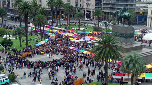 lbgt movement in montevideo, uruguay, plaza independencia - uruguay stock-videos und b-roll-filmmaterial