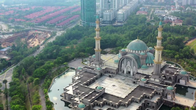 4k movie drone fly over blue mosque or sultan salahuddin abdul aziz shah mosque location at selangor near kuala lumpur, malaysia - dome stock videos & royalty-free footage