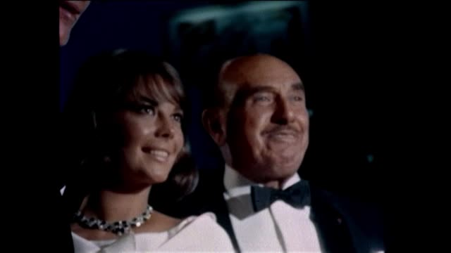 Movie premiere of THE GREAT RACE starring Natalie Wood and Tony Curtis Jack Lemmon arrives Jack Warner in attendance A spectacular land race from New...