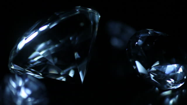 Cambiare la luce blu più preziosi diamanti