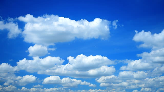 moving cloud slow motion - cumulus cloud stock videos & royalty-free footage