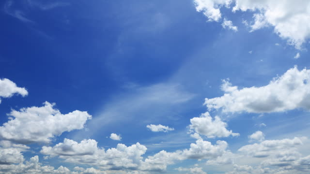moving clouds timelapse - cumulus stock videos & royalty-free footage