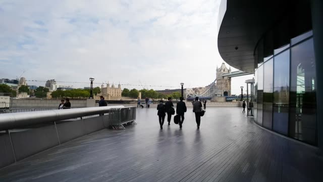 moving in the queen's walk in london south bank - town hall stock videos & royalty-free footage