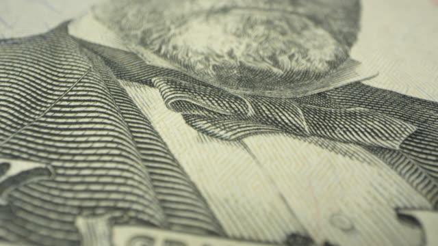 vídeos y material grabado en eventos de stock de moving over ulysses s. grant on the 50 dollar bill - ulysses s grant