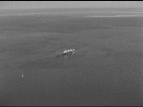 moving toward & past oil rig in gulf of mexico. - gulf of mexico stock videos & royalty-free footage