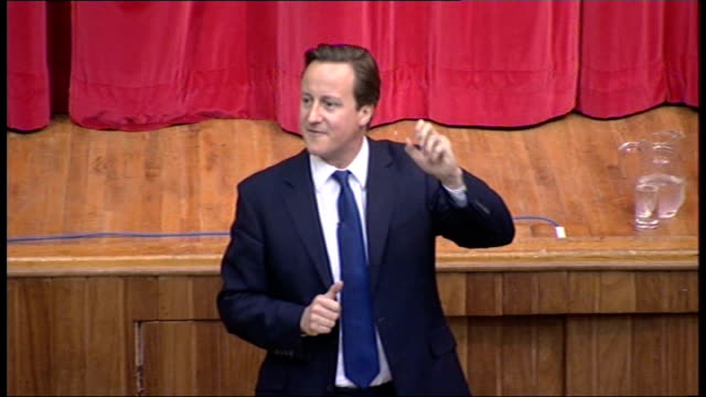 mps' expenses david cameron at witney public meeting david cameron speech to constituency meeting continued sot - collegio elettorale video stock e b–roll
