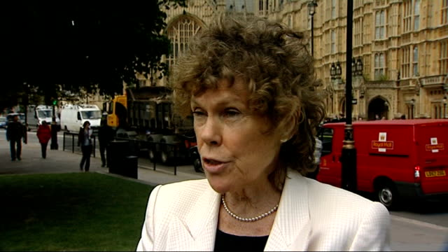 mps' expenses row speaker martin to resign ext david davis mp along past press bv and side view sir stuart bell mp speaking to press kate hoey mp... - mp stock videos and b-roll footage