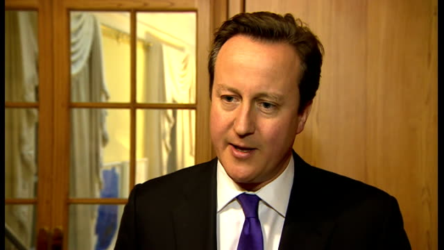 stockvideo's en b-roll-footage met cameron interview england london int david cameron mp interview sot strong believer in marriage and it's right that gay people can get married too /... - gelovige