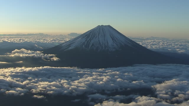 aerial, mt fuji and sea of clouds, japan - mt fuji stock videos & royalty-free footage