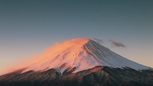 mt fuji at sunrise - 30 seconds or greater stock videos & royalty-free footage
