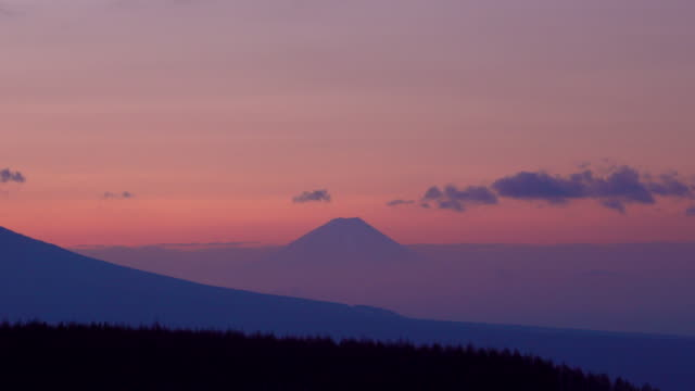 mt. fuji dawn from kirigamine - dusk stock videos & royalty-free footage
