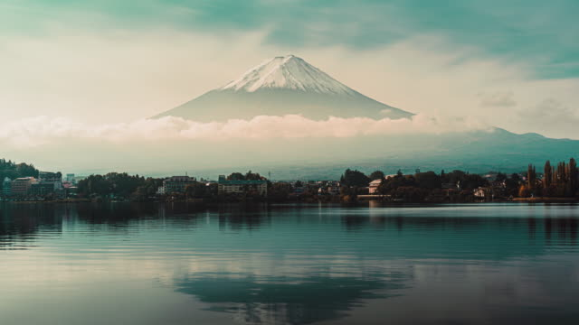 mt. fuji in kawaguchiko, japan - mt fuji stock videos & royalty-free footage