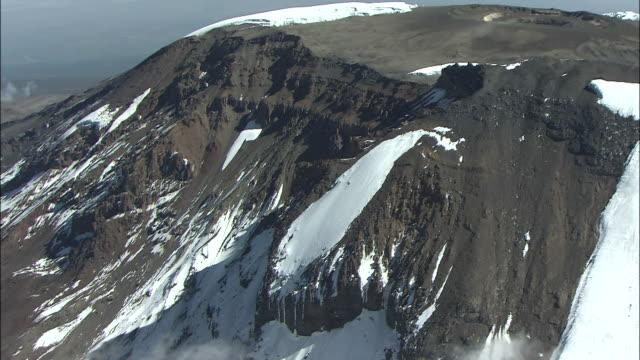 vidéos et rushes de mt. kilimanjaro - volcan