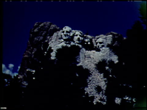 mt. rushmore national memorial - 5 of 9 - see other clips from this shoot 2376 stock videos & royalty-free footage