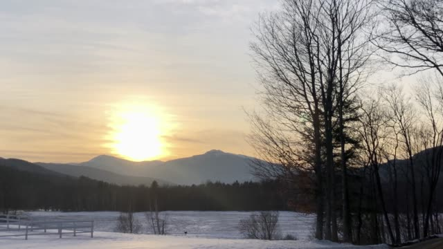 stockvideo's en b-roll-footage met mt washington viewed from shelburne, new hampshire during a winter day - new hampshire