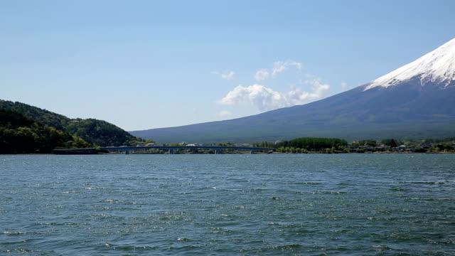 vidéos et rushes de mt.fuji et lac de kawaguchi - préfecture de yamanashi
