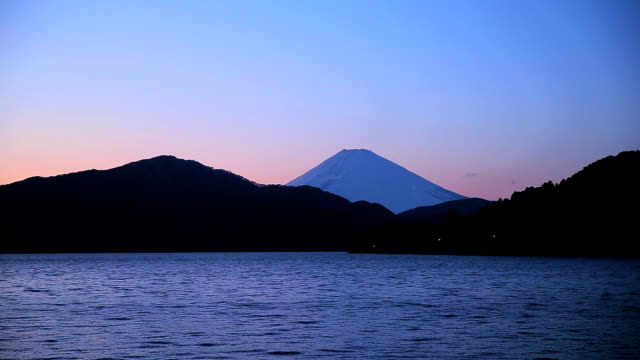 mt.fuji from ashino-ko lake at dusk - plusphoto stock videos & royalty-free footage