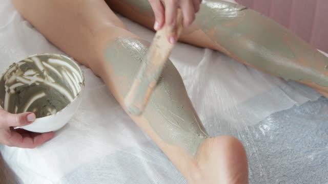 Mud treatment on legs