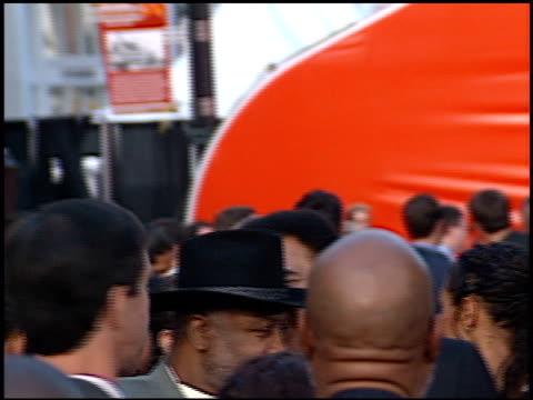 vidéos et rushes de muhammad ali at the espy awards at the kodak theatre in hollywood california on july 10 2002 - espy awards