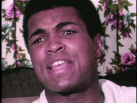 stockvideo's en b-roll-footage met muhammad ali talks about the way a real man behaves and uses a homophobic slur - sport