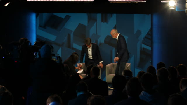 Multi clip beginning of the press conference Dieter Zetsche CEO of Daimler AG and Harald Krüger CEO of BMW AG speak to the media about a new joint...