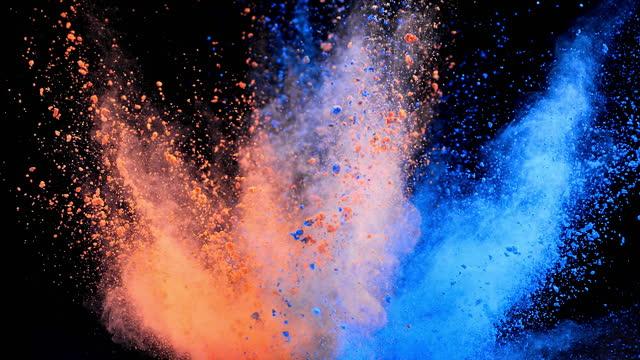 vídeos y material grabado en eventos de stock de explosión de polvo multicolor super slow motion - polvo