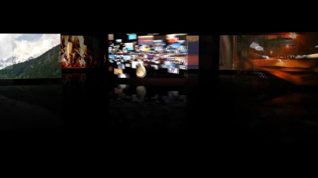 vídeos de stock, filmes e b-roll de loucura de multimídia - parede de vídeo