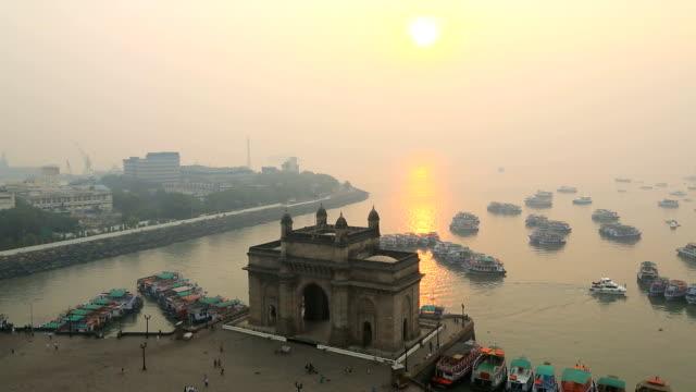 mumbai time lapse india gate maharashtra asia sunrise - mumbai stock videos & royalty-free footage