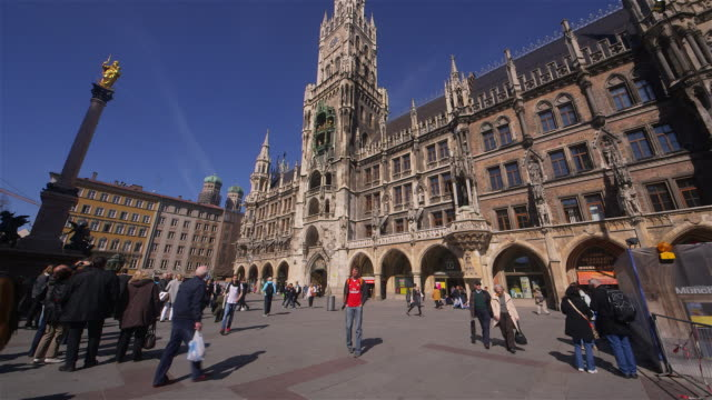 vidéos et rushes de munich, germany - rathaus