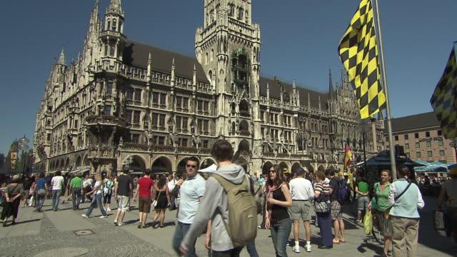 munich - marienplatz, city hall, tourists - cafe culture stock videos and b-roll footage