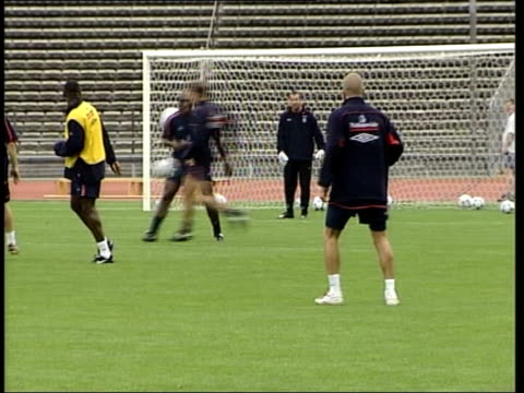 Munich Olympic Stadium EXT David Beckham along pitch during training session before match against Germany Order Ref T31080107