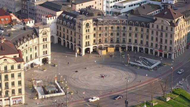 as munich stachus city center during corona crisis lockdown - germany stock videos & royalty-free footage