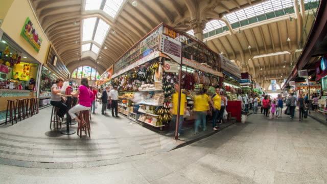 vídeos de stock, filmes e b-roll de municipal market - sao paulo - atividade móvel