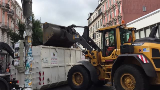 municipal workers clean streets following demonstrations against the g20 leaders' summit in hamburg germany on july 08 2017 germany is hosting... - g20 leaders' summit stock videos & royalty-free footage