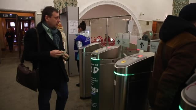 stockvideo's en b-roll-footage met municipality workers disinfect a subway station in central moscow, russia on march 16, 2020 as a precautionary measure against the covid-19... - moscow russia