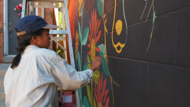 mural artist at work - artist stock videos & royalty-free footage