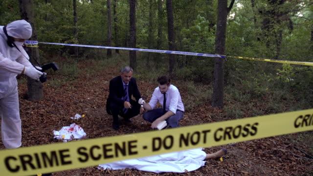 Mord-Szene Untersuchung 4K
