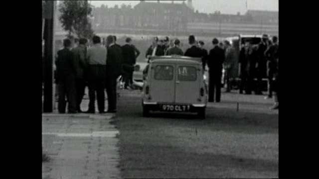 murderer harry roberts granted parole 1966 london east acton various shots of police officers in street at scene of shooting of three police officers... - harry roberts criminal stock videos & royalty-free footage