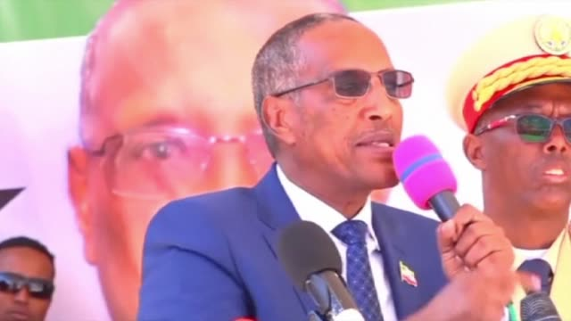 Muse Bihi from the ruling Kulmiye party who won the recent presidential election in the self proclaimed state of Somaliland is inaugurated into office