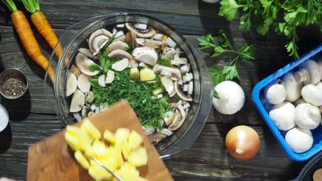 mushroom soup cooking - potato soup stock videos & royalty-free footage