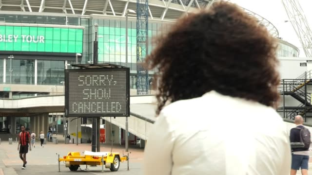 adele cancels last two tour gigs at wembley stadium england london greenwich ext 'sorry show cancelled' sign electronic display sign 'adele has had... - wembley stock-videos und b-roll-filmmaterial