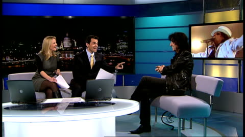 stockvideo's en b-roll-footage met alice cooper interview; england: london: gir: int alice cooper live studio interview sot - on his theatre of death tour, gets killed theatrically... - alice cooper