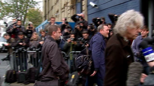 band aid 30 arrivals and interviews gvs arrival of guy garvey / guy garvey interview sot / gvs garvey and geldof being interviewed / gvs louis... - seal singer stock videos & royalty-free footage