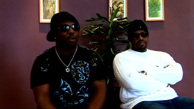 vidéos et rushes de boyz ii men interview; boyz ii men interview sot - on doing a take that cover on new album / on working with nadine coyle / on the track with coyle... - take that