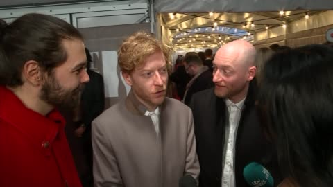 brit awards 2017: red carpet interviews; music: brit awards 2017: red carpet interviews; england: london: int rag'n'bone man interview sot - on... - neil simon bildbanksvideor och videomaterial från bakom kulisserna