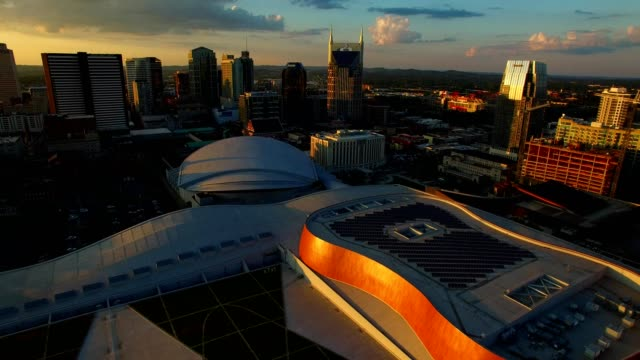 vídeos de stock e filmes b-roll de music city center in downtown nashville - tennessee